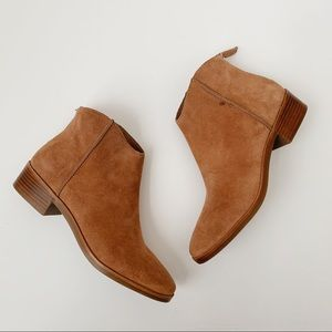 NWT Dolce Vita Tucker Ankle Boots